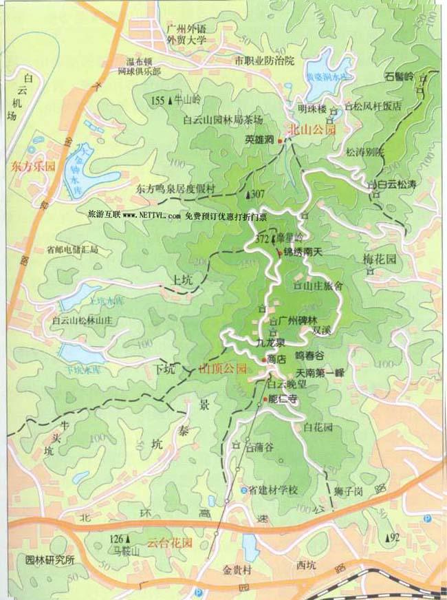 区内,峰恋重叠,溪涧纵横,林木葱郁,鸟语花香,景观多样,四季如春.