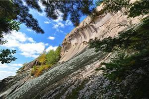 長白山紅石石峰景區