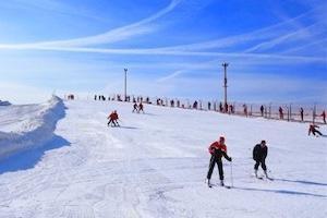 武威塔儿湾滑雪场