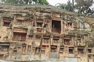 巴中南龛石窟景区