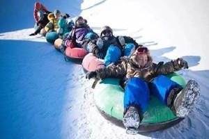 包頭小白河滑雪場