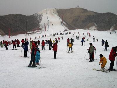 安寧大青山滑雪場03_副本_旅游互聯