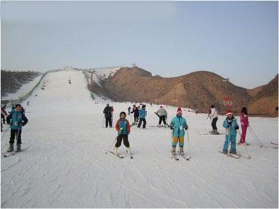 安寧大青山滑雪場02_副本_旅游互聯