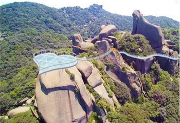 2017安庆巨石山玻璃桥含在门票里面吗?
