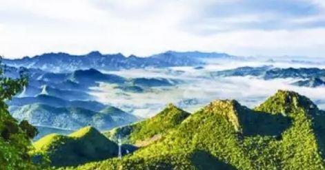 龙凤山景区是国家aaa级景区,位于大冶市刘仁八镇双港口龙凤山上,这里