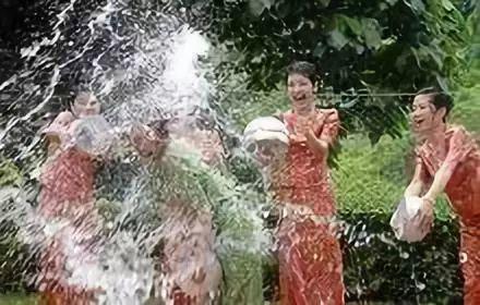 安徽宿州野生动物园泼水节有什么活动?